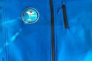 yMeraki estudio creativo - Agaba chaqueta con logo bordado