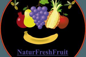 yMeraki estudio creativo - Logo NaturFreshFruit fondo negro